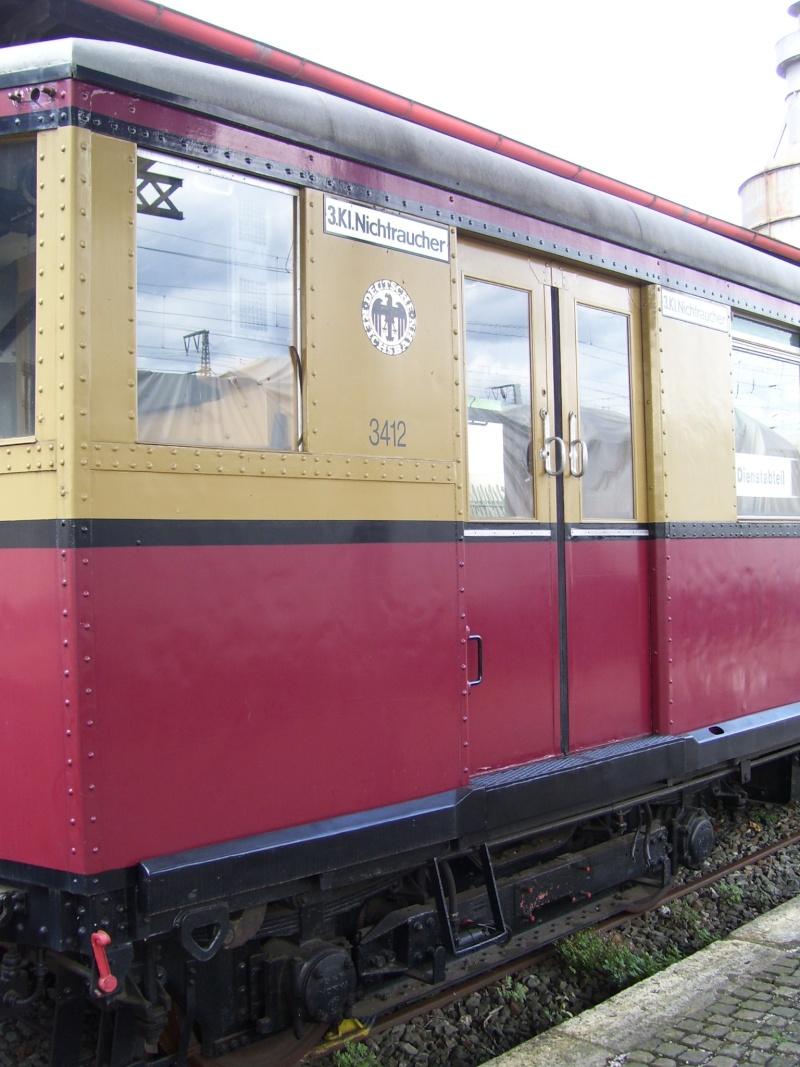 Fahrzeuge auf dem Außengelände im DB-Museum 100_2919