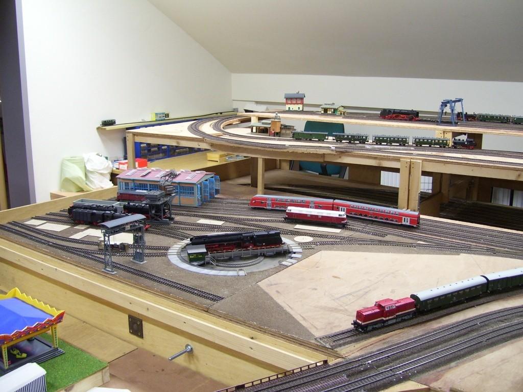 MEC Kreischa in den neuen Ausstellungsräumen 100_7012