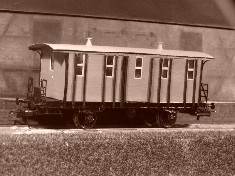 Galeriebilder zweiter sä. Behelfspersonenwagen in HO 149-1214