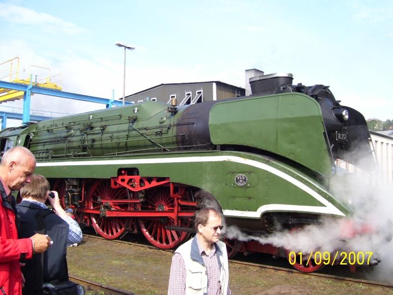 18 201 - Die schnellste betriebsfähige Dampflok der Welt 18-210