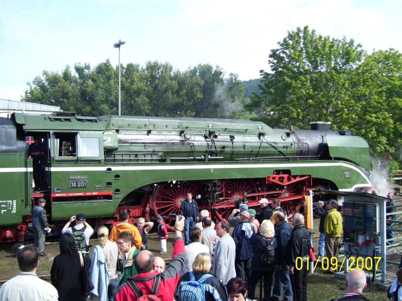 18 201 - Die schnellste betriebsfähige Dampflok der Welt 1810