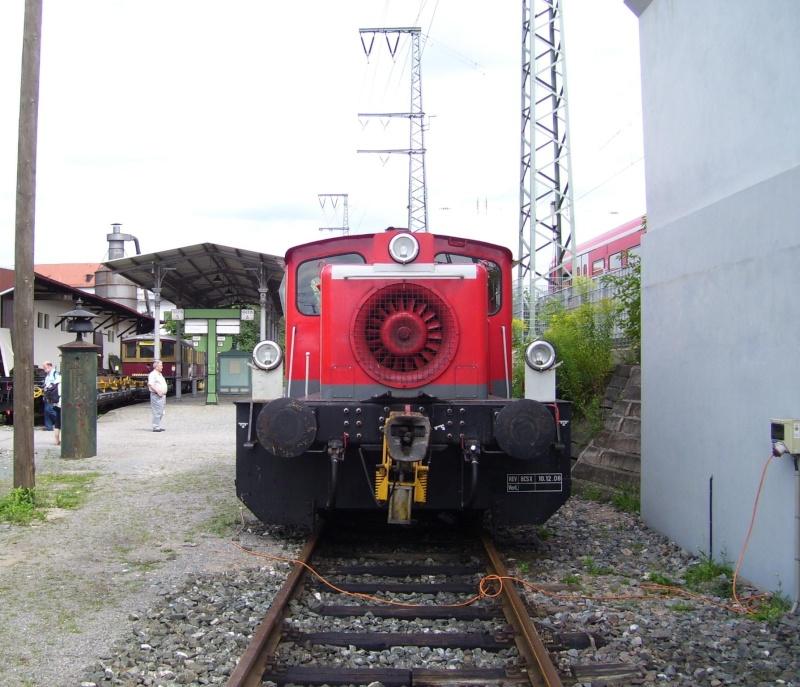 Fahrzeuge auf dem Außengelände im DB-Museum 333-0511