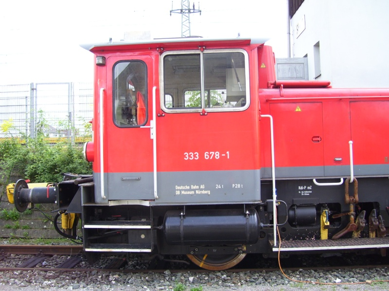 Fahrzeuge auf dem Außengelände im DB-Museum 333-0610