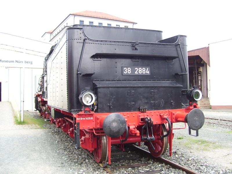 Fahrzeuge auf dem Außengelände im DB-Museum 38-0410