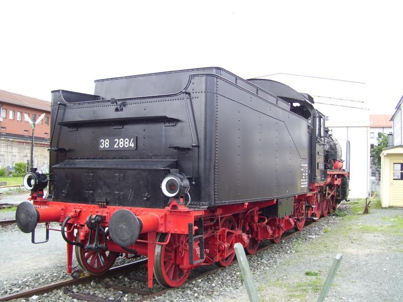 Fahrzeuge auf dem Außengelände im DB-Museum 38-0510