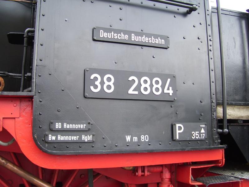 Fahrzeuge auf dem Außengelände im DB-Museum 38-0710