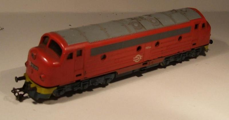 Die Diesellokbaureihe 1600 der CFL M61-110