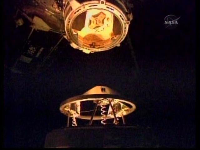 [STS-131 / ISS19A] Discovery : déroulement de la mission - Page 4 Vlcsna15