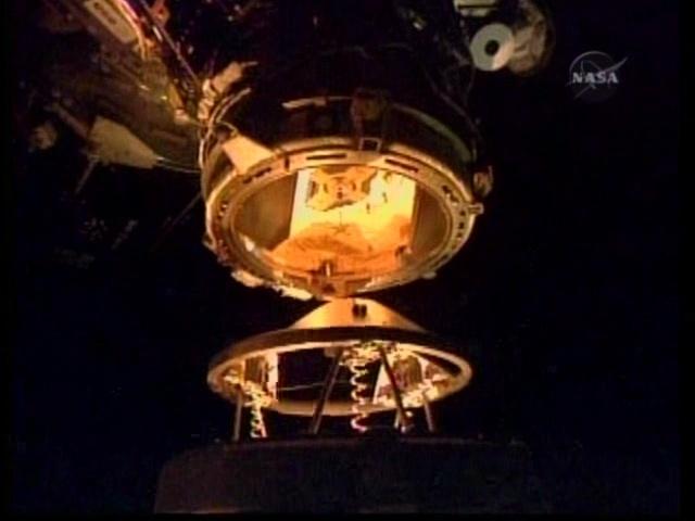 [STS-131 / ISS19A] Discovery : déroulement de la mission - Page 4 Vlcsna16