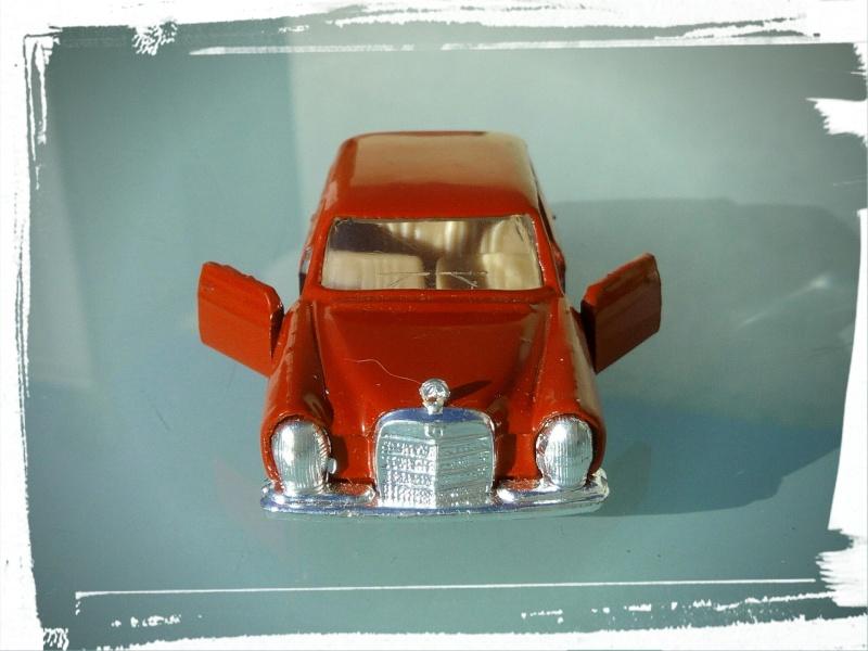 les ptites autos de romeo :) Img_2032