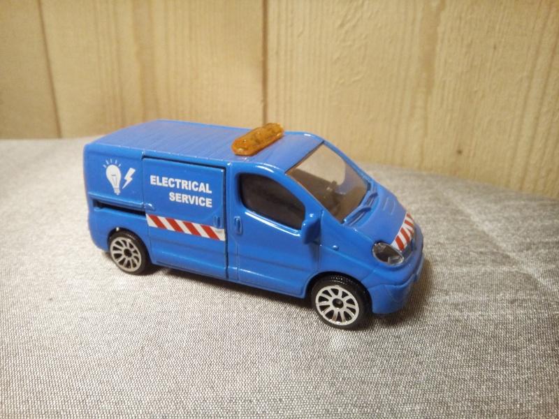 N°239B Renault Trafic Img_2065