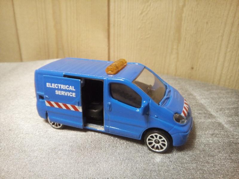N°239B Renault Trafic Img_2066