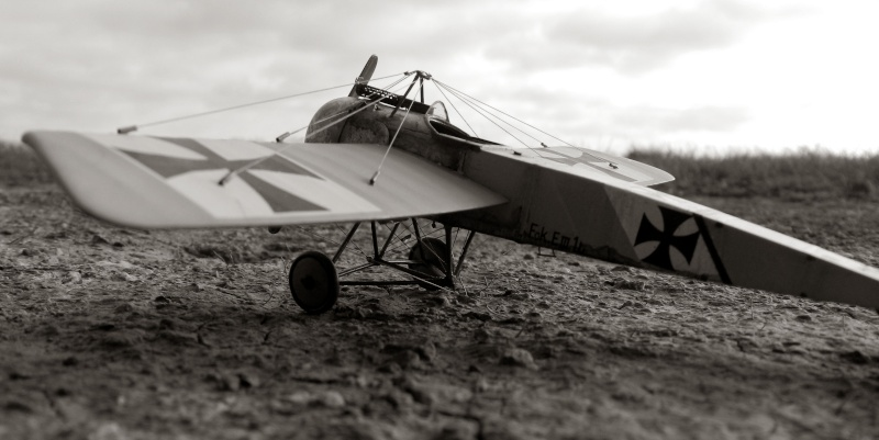 Fokker E.III Eindecker 105/15 - Ernst Udet - Fl. Abt. 68 / KEK Habsheim - Printemps 1916 A00510