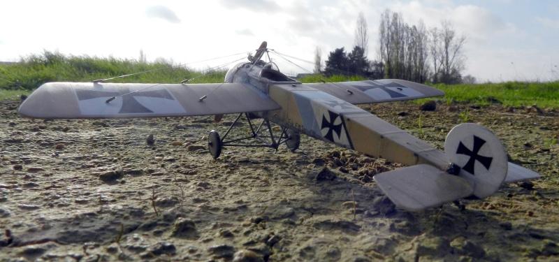 Fokker E.III Eindecker 105/15 - Ernst Udet - Fl. Abt. 68 / KEK Habsheim - Printemps 1916 D00110