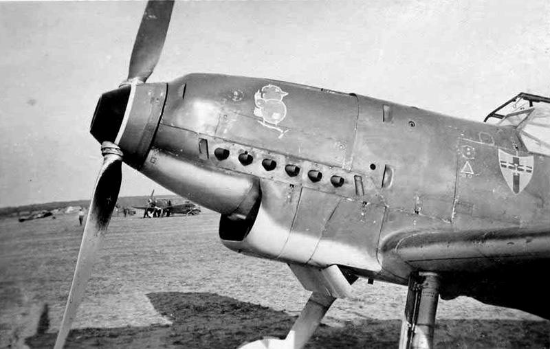 """Messerschmitt Bf 109 D """"Gelbe 1"""" I./3./JG 21 - Septembre 1939 - 1/32 - Page 4 Messer11"""