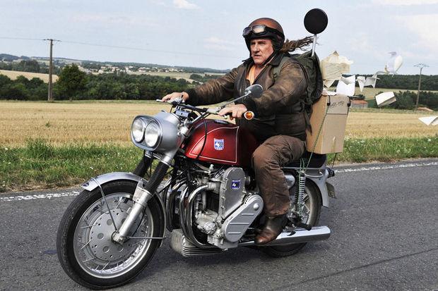 Une moto, une image. Quel film ? - Page 6 22159710