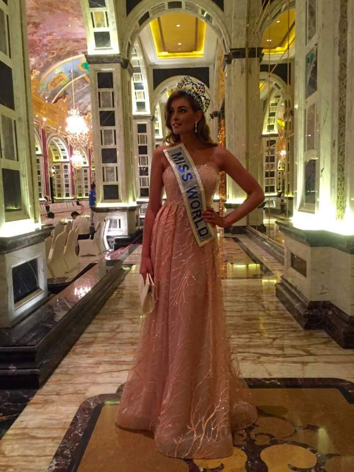 The Official Thread of Miss World 2014 ® Rolene Strauss- South Africa - Page 15 12289512