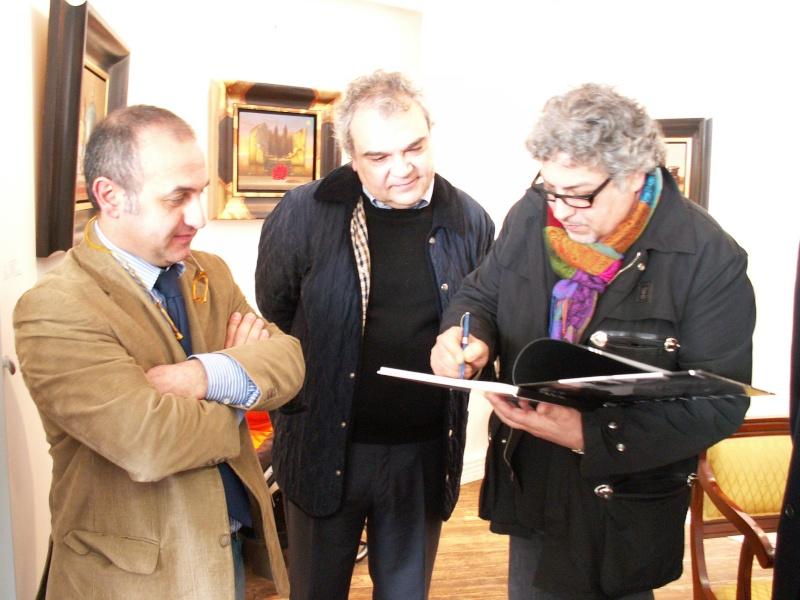 MOSTRA PERSONALE ALLA GALLERIA D'ARTE BARBATO (SA) - Pagina 3 Pict3521