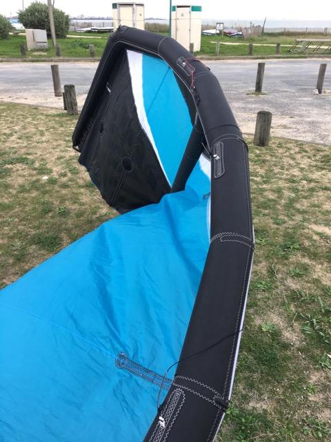 (Vendue) Flysurfer Cronix 10m complète ou nue  Img_1510