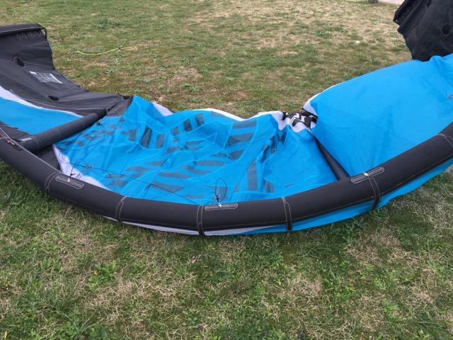 (Vendue) Flysurfer Cronix 10m complète ou nue  Img_1512