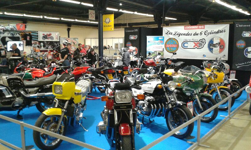 EXPO 6 Cylindres - salon Moto Legende 2015  20151110