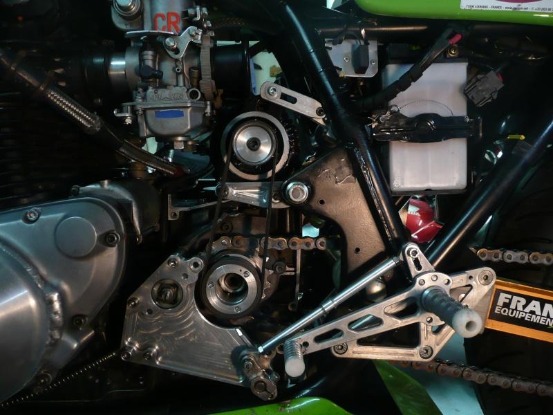 Moto CARTON Réplica P1090512