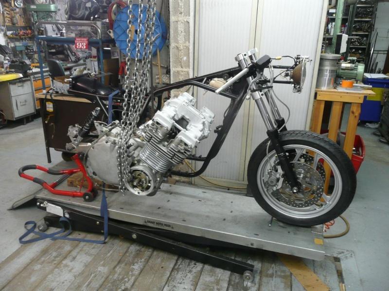 mettre un moteur dans le cadre P1100811