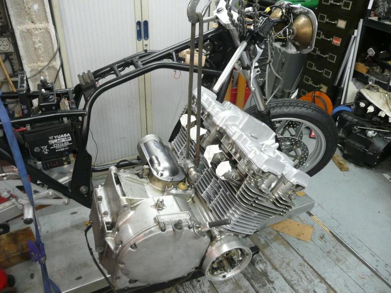 mettre un moteur dans le cadre P1100813