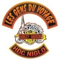 Couleurs des differents clubs de bikers 10674410