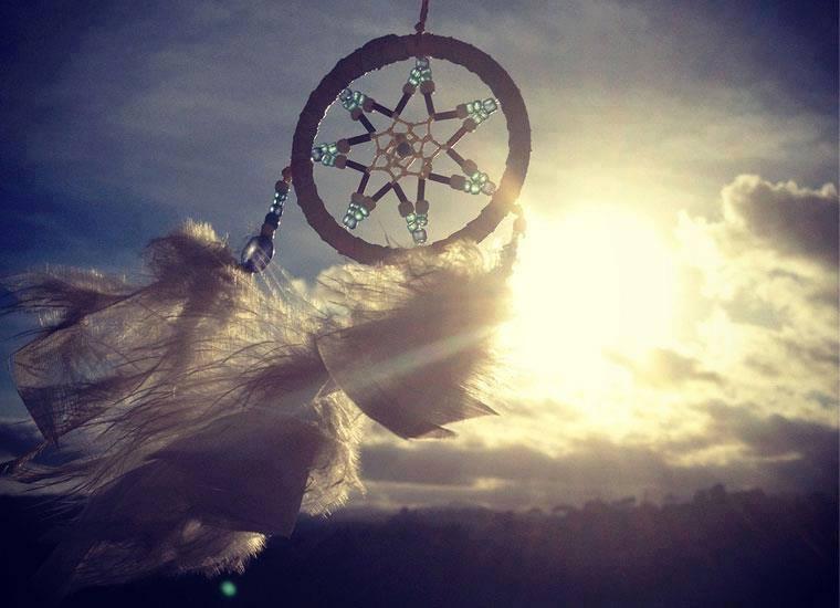 Ici tout sur les Amérindiens bijoux ,histoires ,liens ect...... - Page 3 93411610