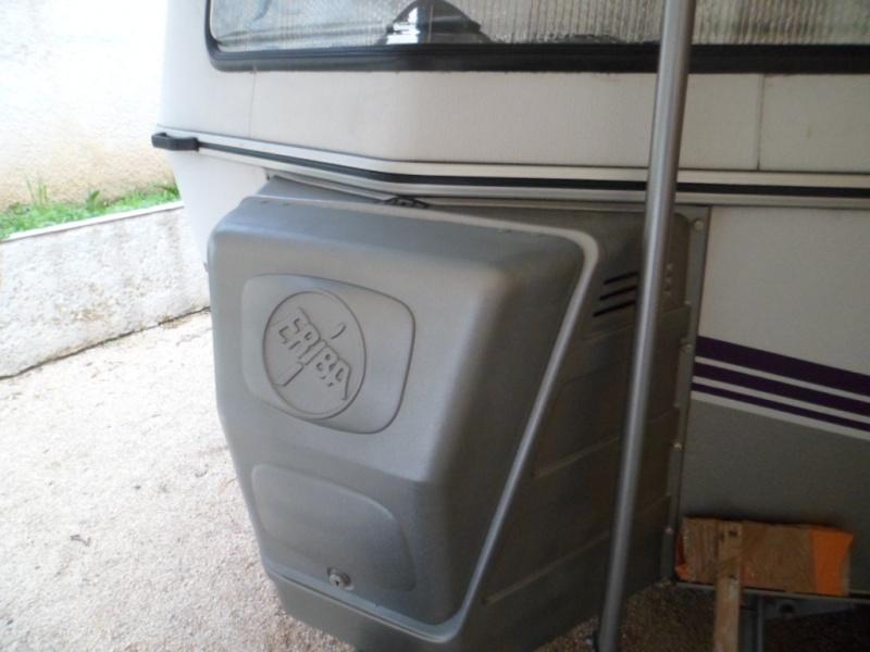 Restauration coffre gaz eriba 1991 Sam_1829