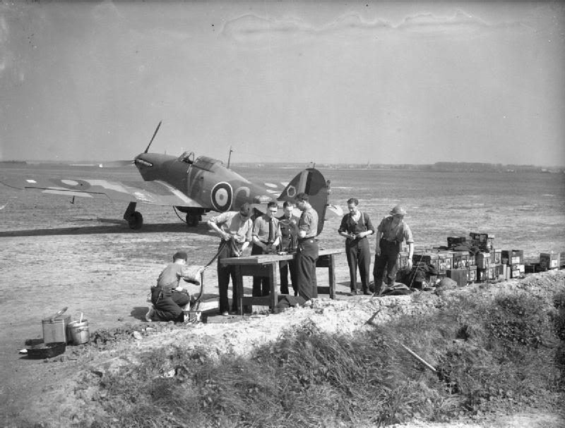 Airfix Hurricane MkI 1/72 Largeo10