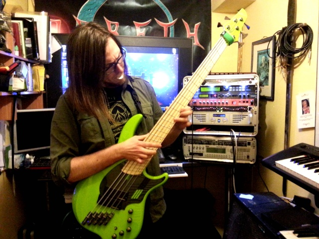 We have a bass player !  20151210