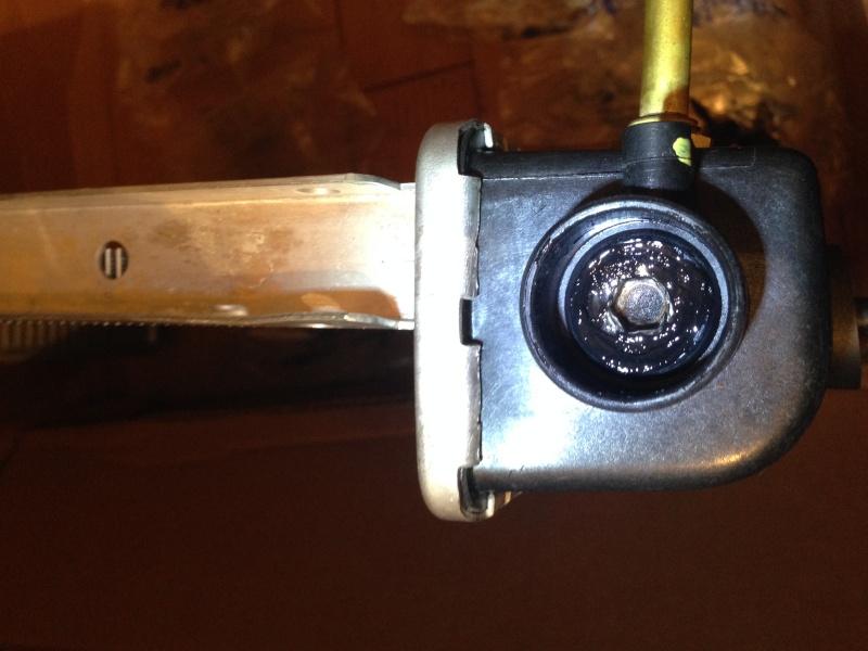 Re fuite radiateur 2,5l essence  Img_2012