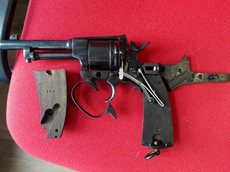 Présentation de mon Revolver Rast & Gasser Modèle 1898 Rast310