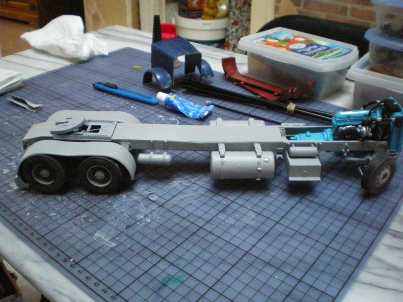 mon premier camion custom un peterbilt - Page 2 Imgp0944