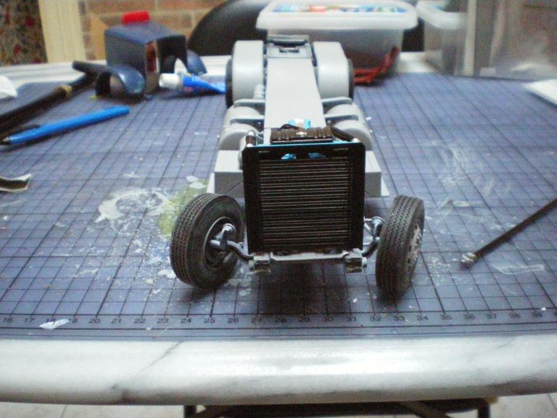 mon premier camion custom un peterbilt - Page 2 Imgp0946