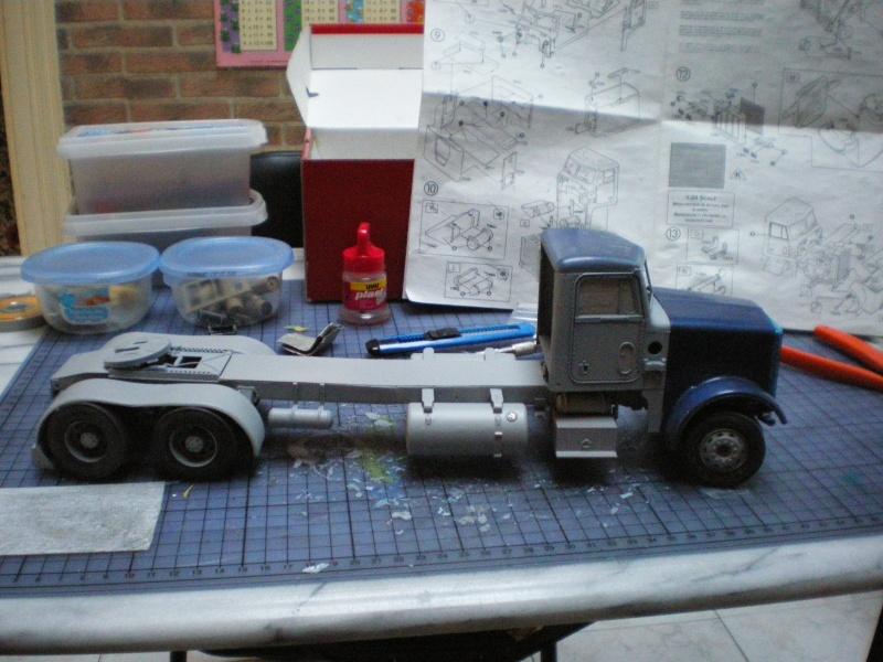 mon premier camion custom un peterbilt - Page 2 Imgp1121