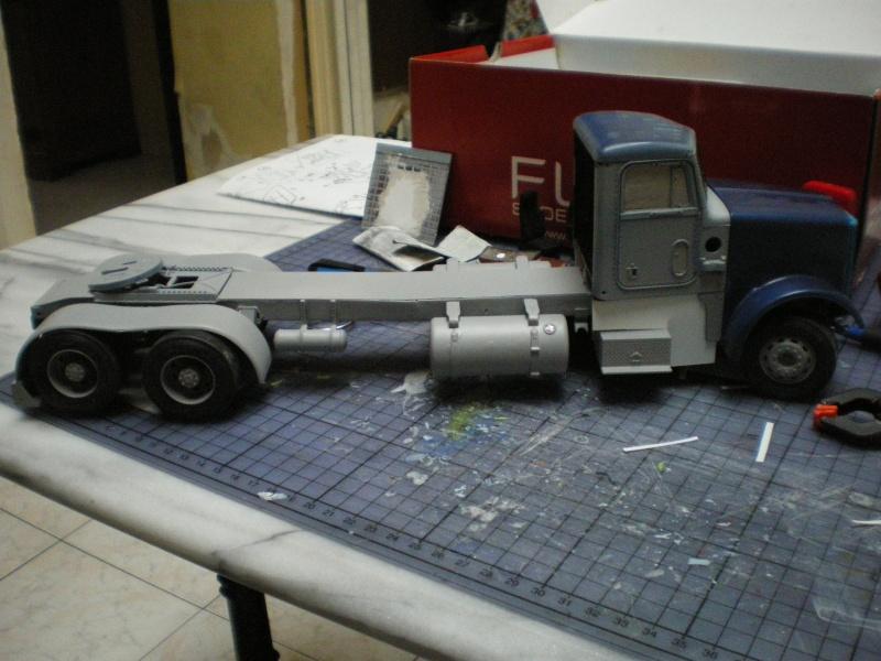 mon premier camion custom un peterbilt - Page 2 Imgp1137