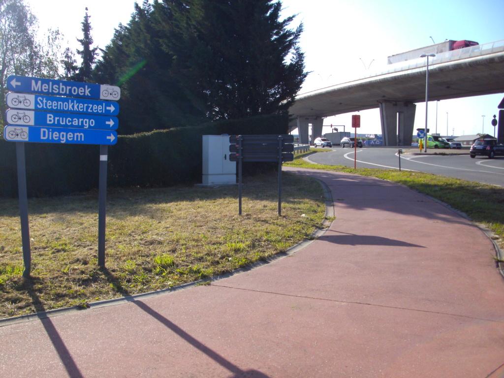 FR20  Luchthavenring 9a_mac11