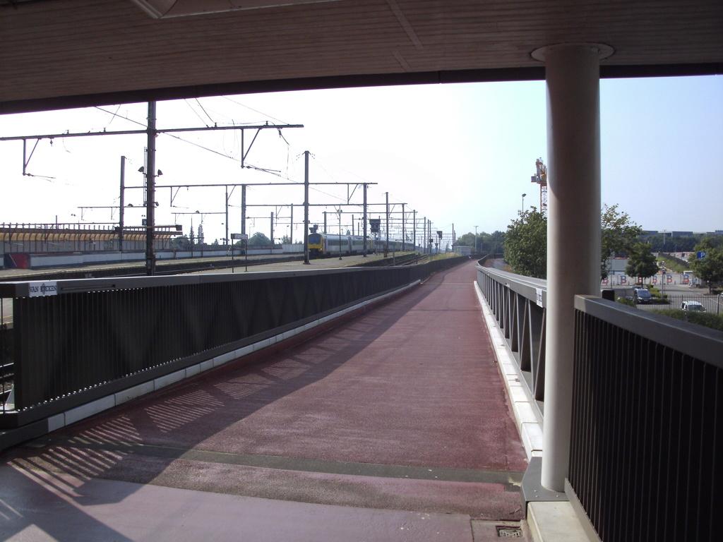 L025 Fietsweg Antwerpen - Mechelen (L25) ('fiets-o-strade' 2 - axe nord-sud) [sud] F01 - Page 5 Berche11