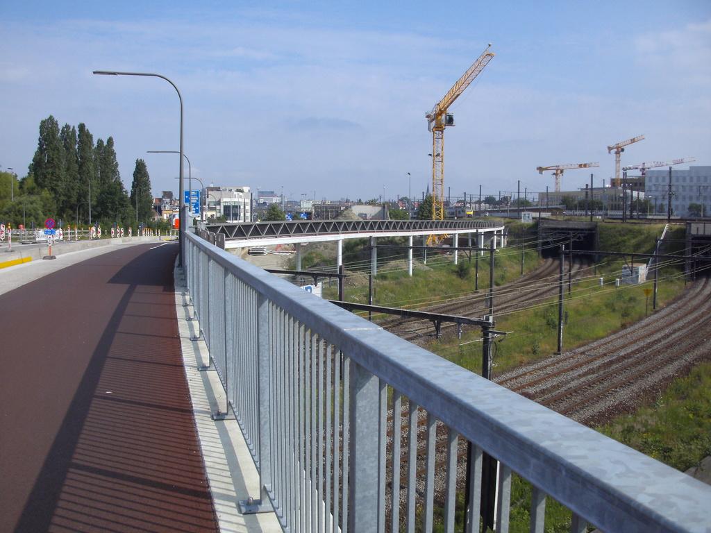 L025 Fietsweg Antwerpen - Mechelen (L25) ('fiets-o-strade' 2 - axe nord-sud) [sud] F01 - Page 5 Berche12