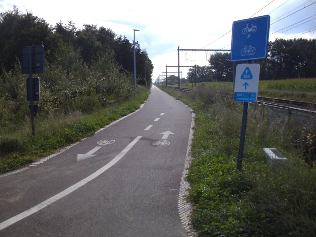 L015 Herentals - Balen (L15) ('fiets-o-strade' 7 - 'fiets-o-strade van de Kempen') Fietsnelweg F105  - Page 3 Olen_r10