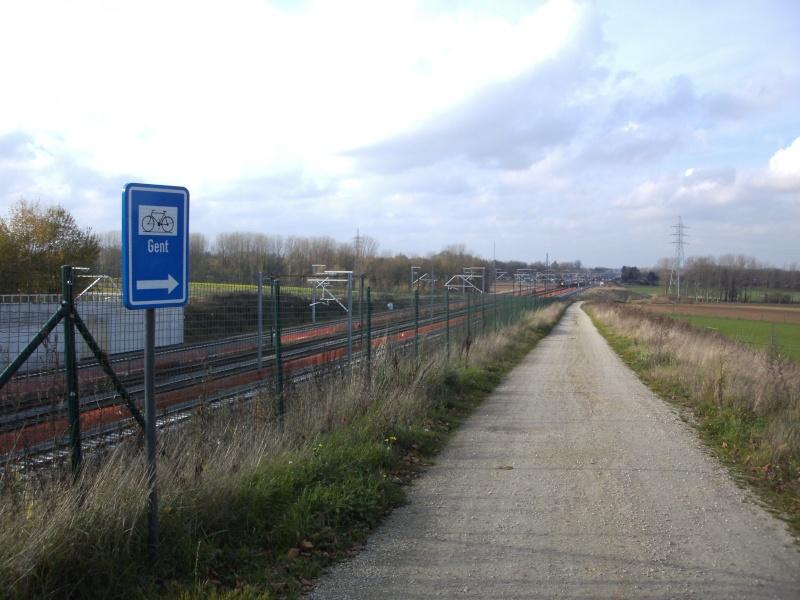 L050A Part 1 Fietsweg langs de lijn L50A Brussel - Denderleeuw Ternat10