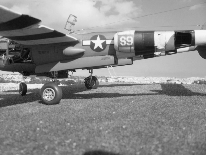 P-38J Conversion to F-5E in 1/32 P-38_f14