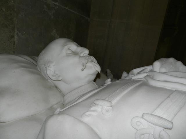 Dreux , chapelle royale St Louis 12400512