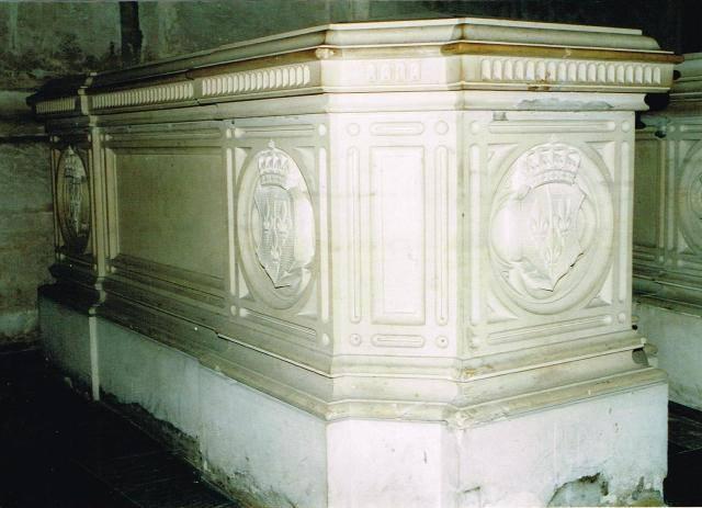 Dreux , chapelle royale St Louis 12439010