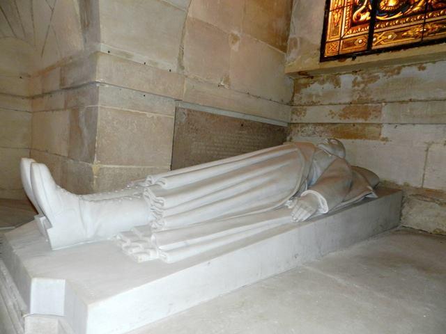 Dreux , chapelle royale St Louis 12439011