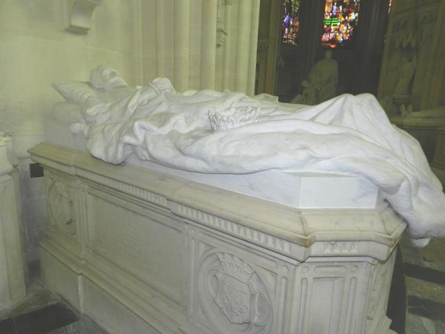 Dreux , chapelle royale St Louis 12495011