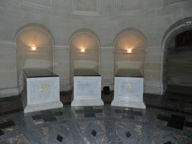 Dreux , chapelle royale St Louis 12507310